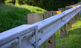 Poteaux pour glissière de sécurité